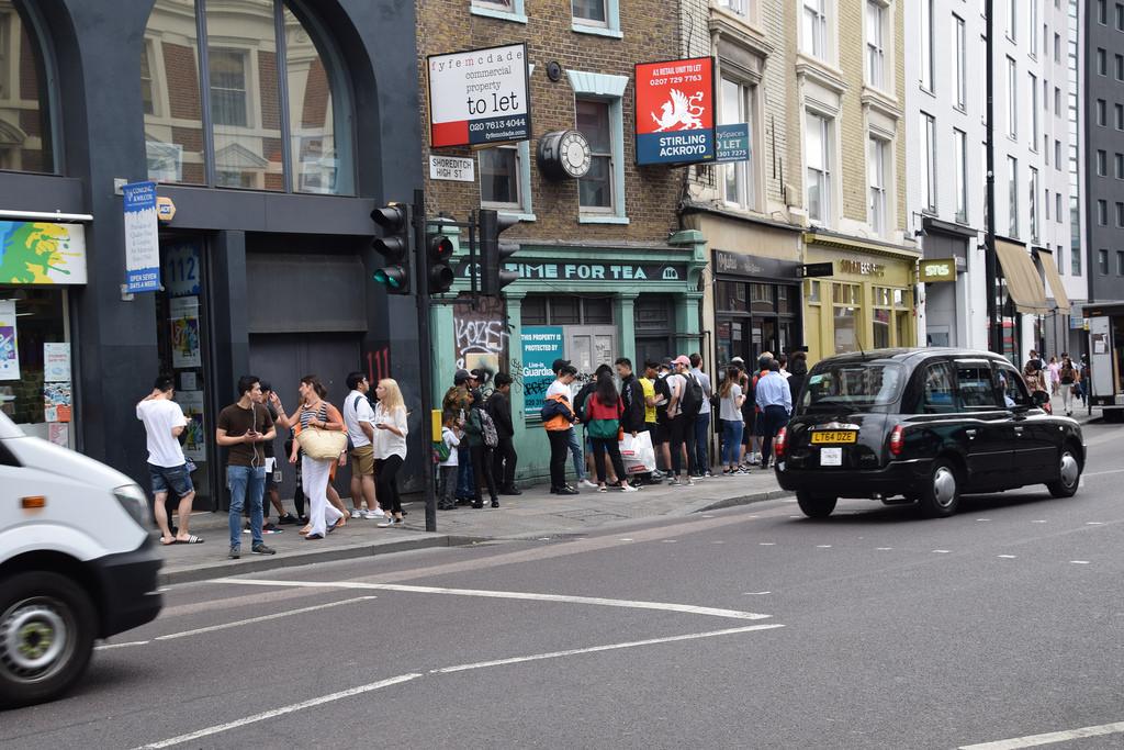 Sneakersnstuff queue