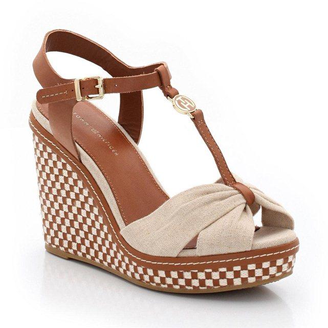 Chaussures compensées talon paille