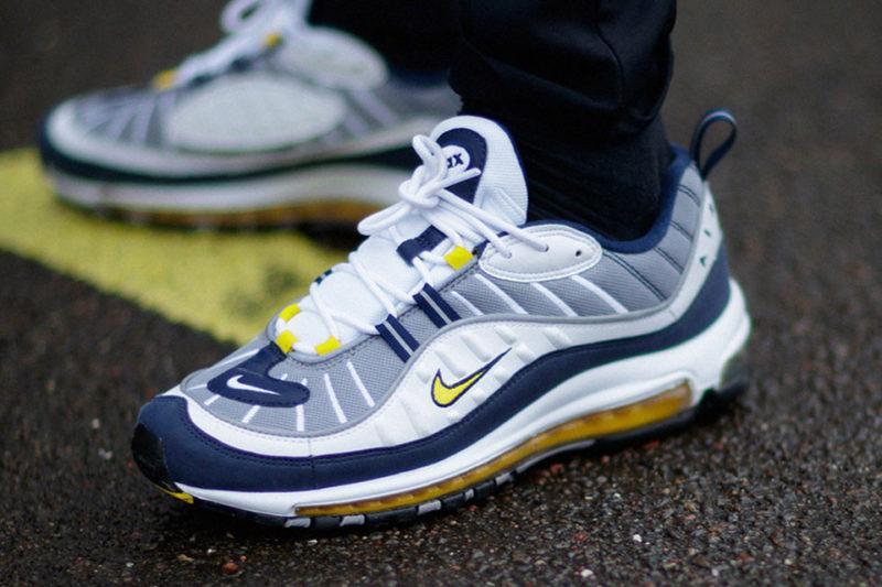 Sneakers nike terbaik