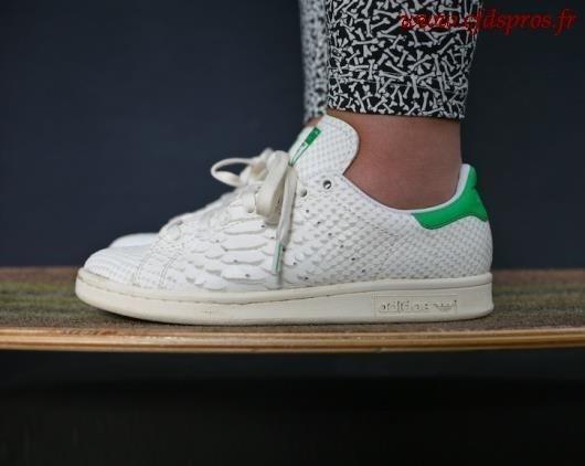 11fe156b9f1 Stan smith femme personnalisé - Chaussure - lescahiersdalter
