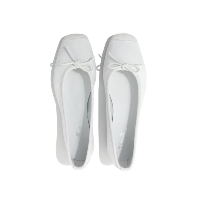 Ballerine reqins blanche