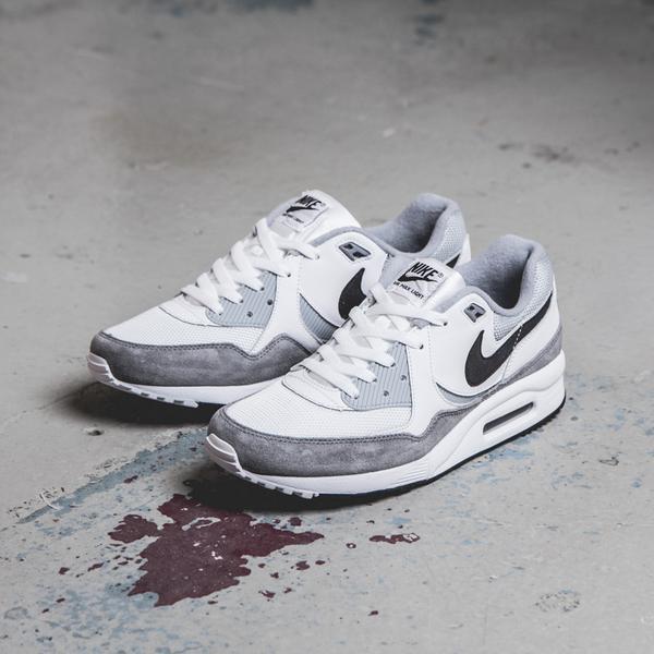 Sneakersnstuff england