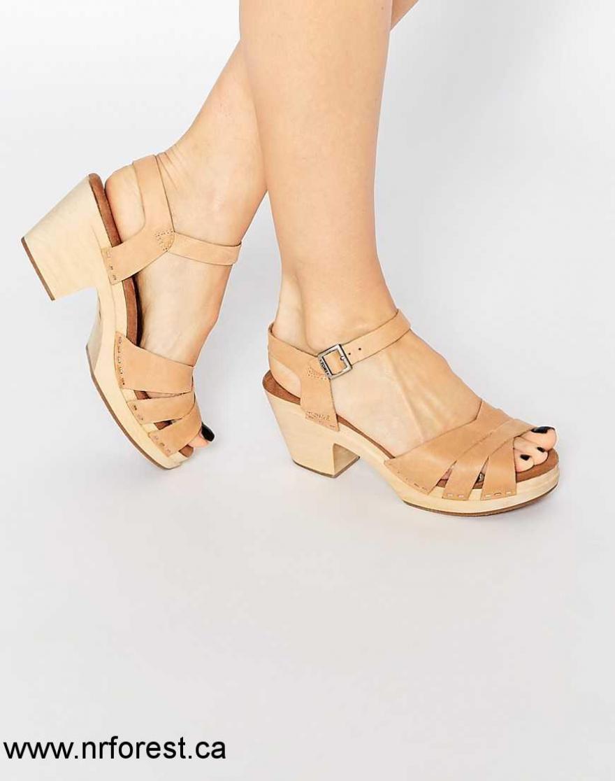 Sandale femme talon bois