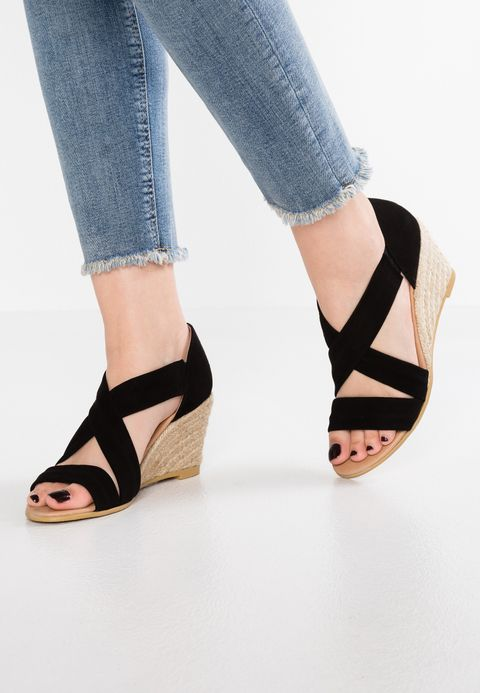 Chaussure compensée femme tendance