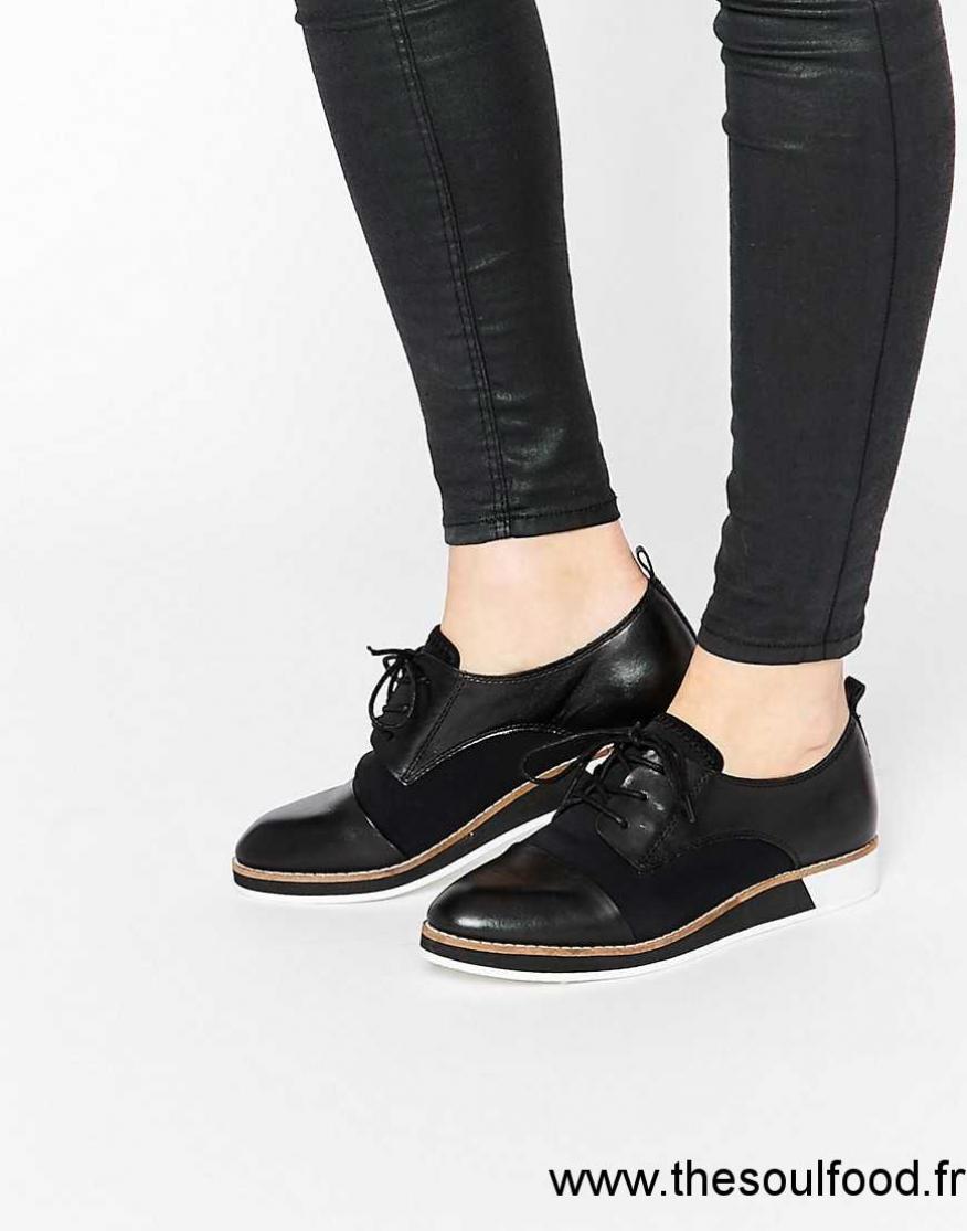 Chaussure femme en cuir