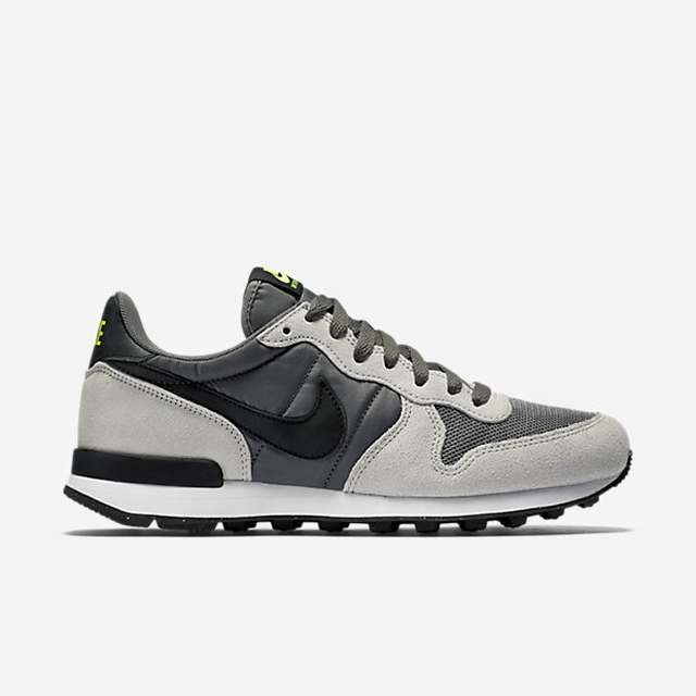 Chaussures de running homme internationalist nike