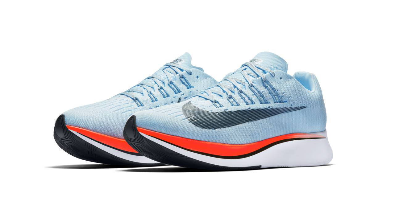 Running nike trainers