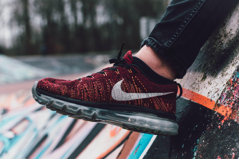 Nike footing