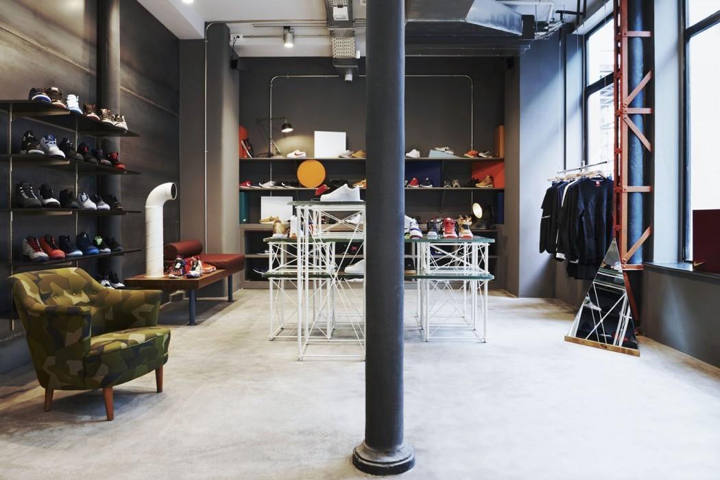 Sneakersnstuff london store