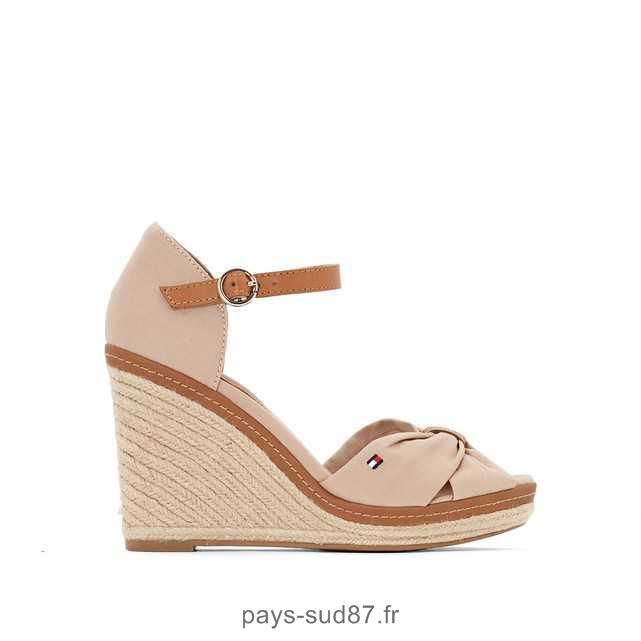 Chaussure a talon compensé beige