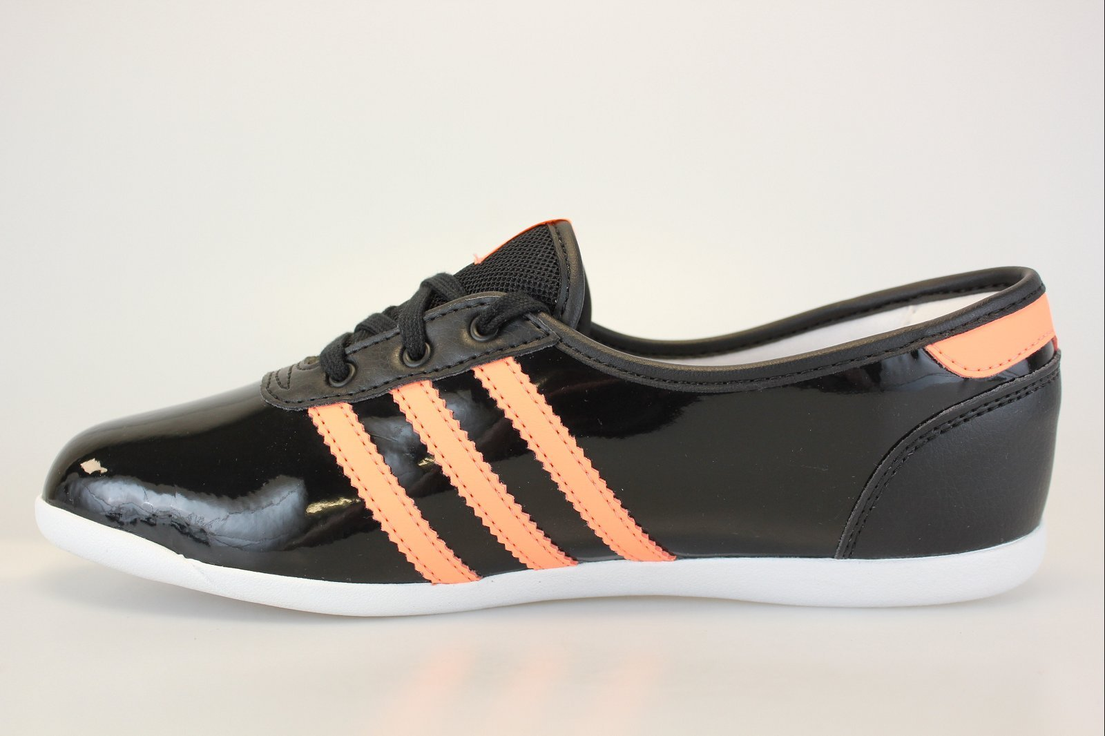 Ballerine adidas noir et orange