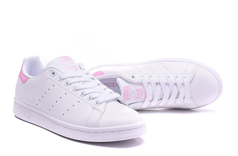 Chaussure stan smith femme pas cher
