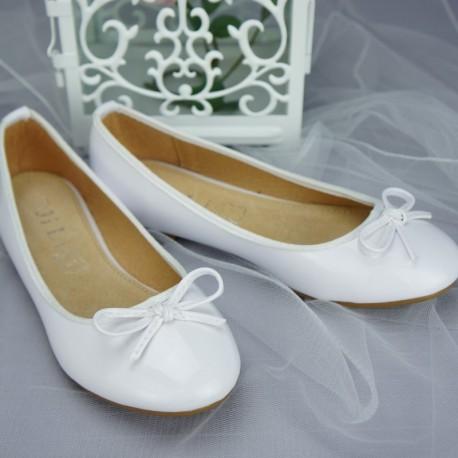 Ballerine blanche taille 24