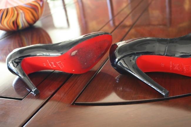 Louis vuitton sneakers real vs fake