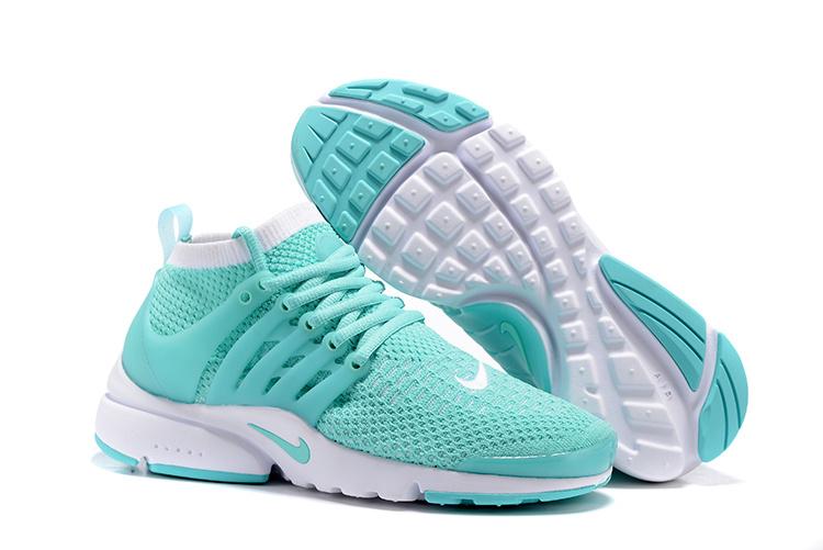 Chaussure running tout chemin