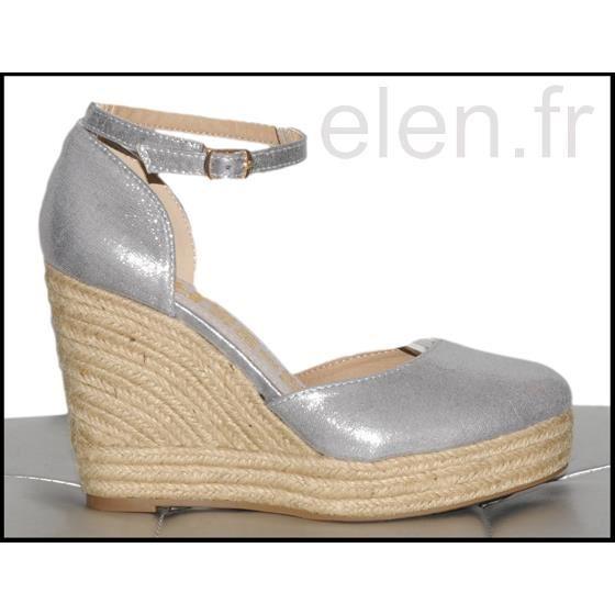 Chaussure compensée en paille