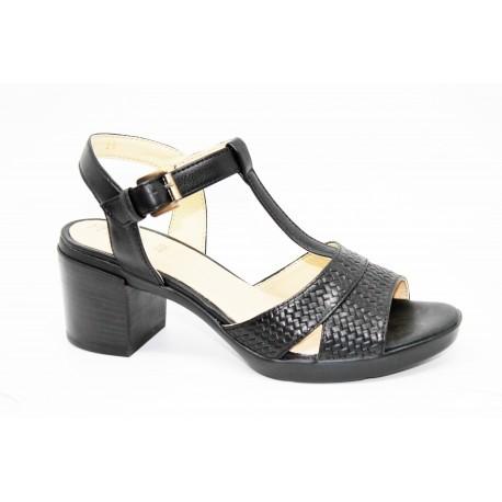 Sandale femme grande taille