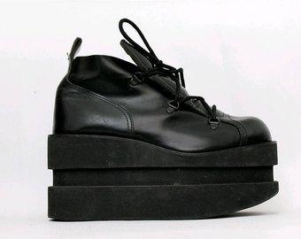 Chaussure compensée drag queen