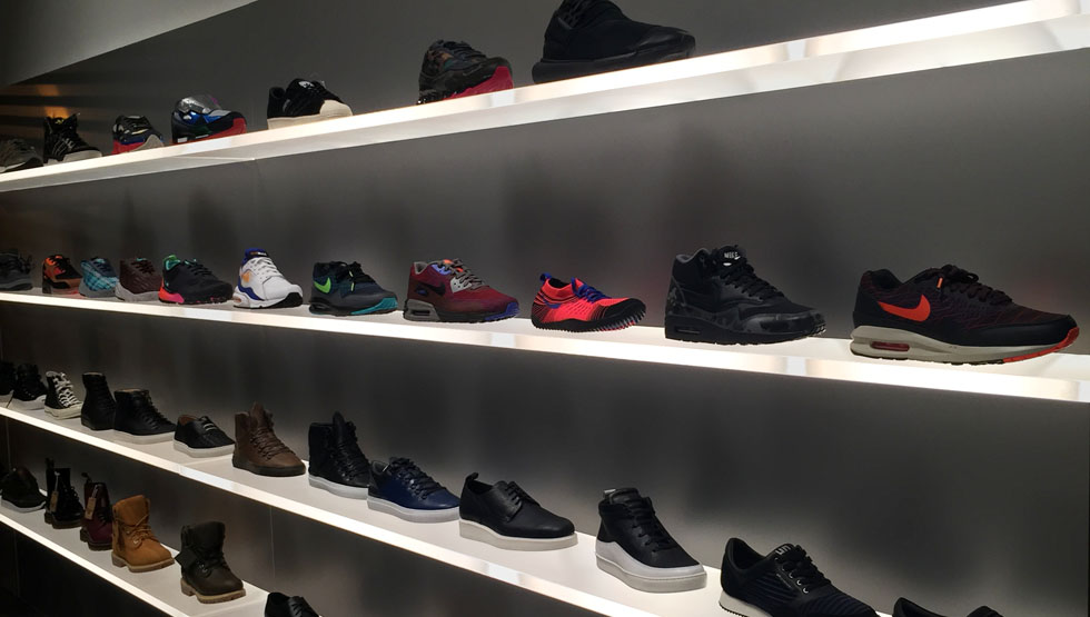 Xhibition sneaker