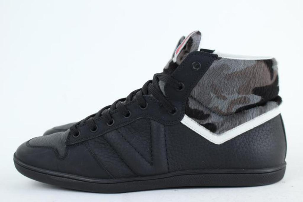 Louis vuitton camouflage sneakers