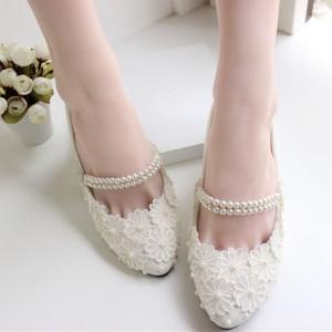 Ballerine blanche pour mariée
