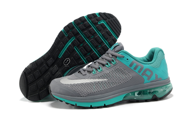 Running shoes nike air max