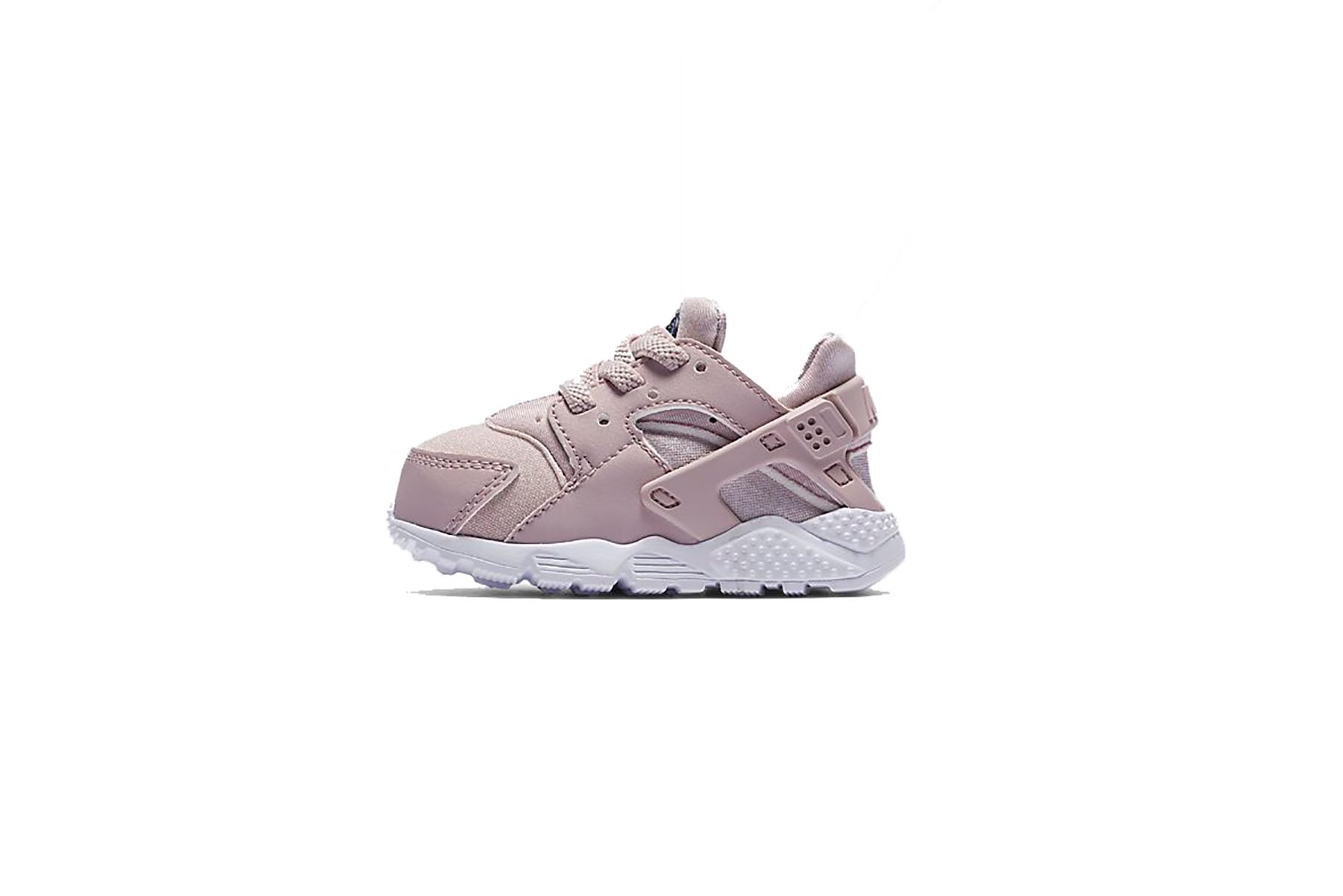 Sneakers nike baby